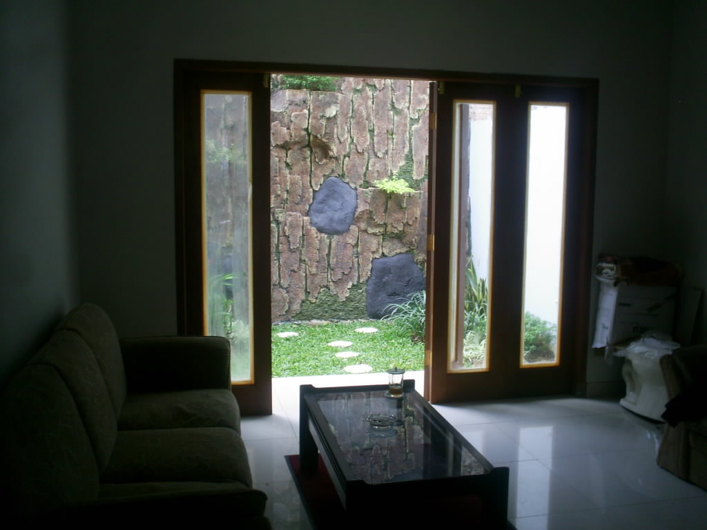 Desain Ruang Keluarga Menghadap Taman Sobat Interior Rumah