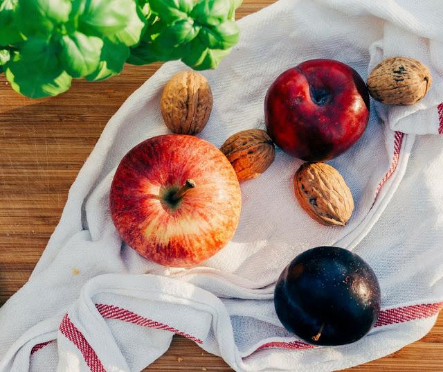Τα φρούτα και τα λαχανικά του Ιουλίου & δωρεάν εκτυπώσιμος οδηγός για να τον κρεμάσεις στο ψυγείο σου - Edit Your Life Magazine