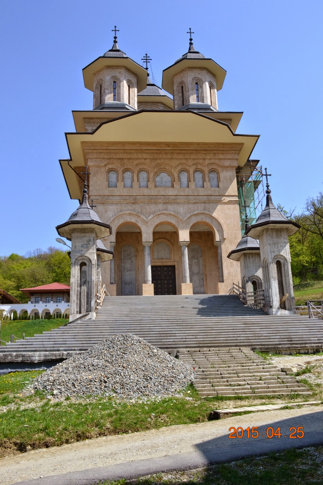 Botezul pruncilor David-Ciprian si Stefan-Ioan, Manastirea Nicula