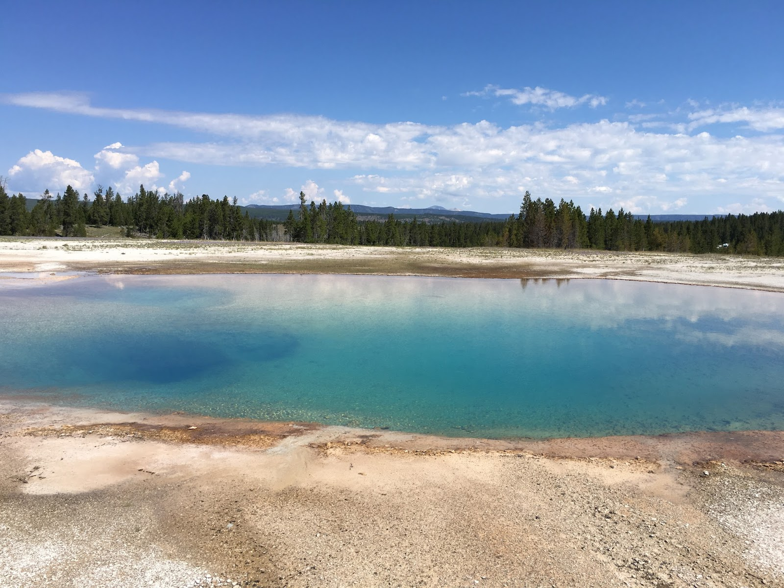 yellowstone national park asian singles Montana and yellowstone park singles adventure 40's abundance of outdoor sports, wildlife and proximity to yellowstone national park.
