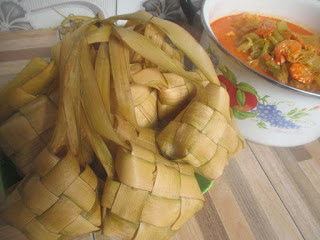 EASY AND FAST, THIS RECIPE AND HOW TO MAKE KETUPAT WITH PAN PRESTO