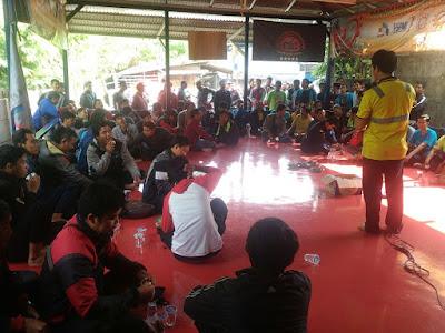 Suasana Konsolidasi Pra Mogok 1 di Saung Buruh