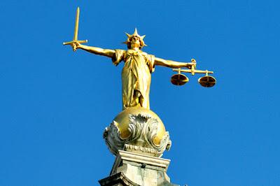 Peran Lembaga Penegak Hukum (Legal Institution) - berbagaireviews.com