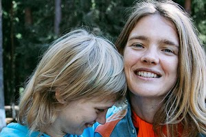 Celebrities responded to the incident with her sister Natalia Vodianova