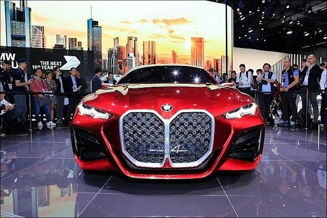 BMW Concept 4 nổi bật với lưới tản nhiệt cỡ lớn cũng là đặc điểm gây tranh luận khi ra mắt ở Frankfurt