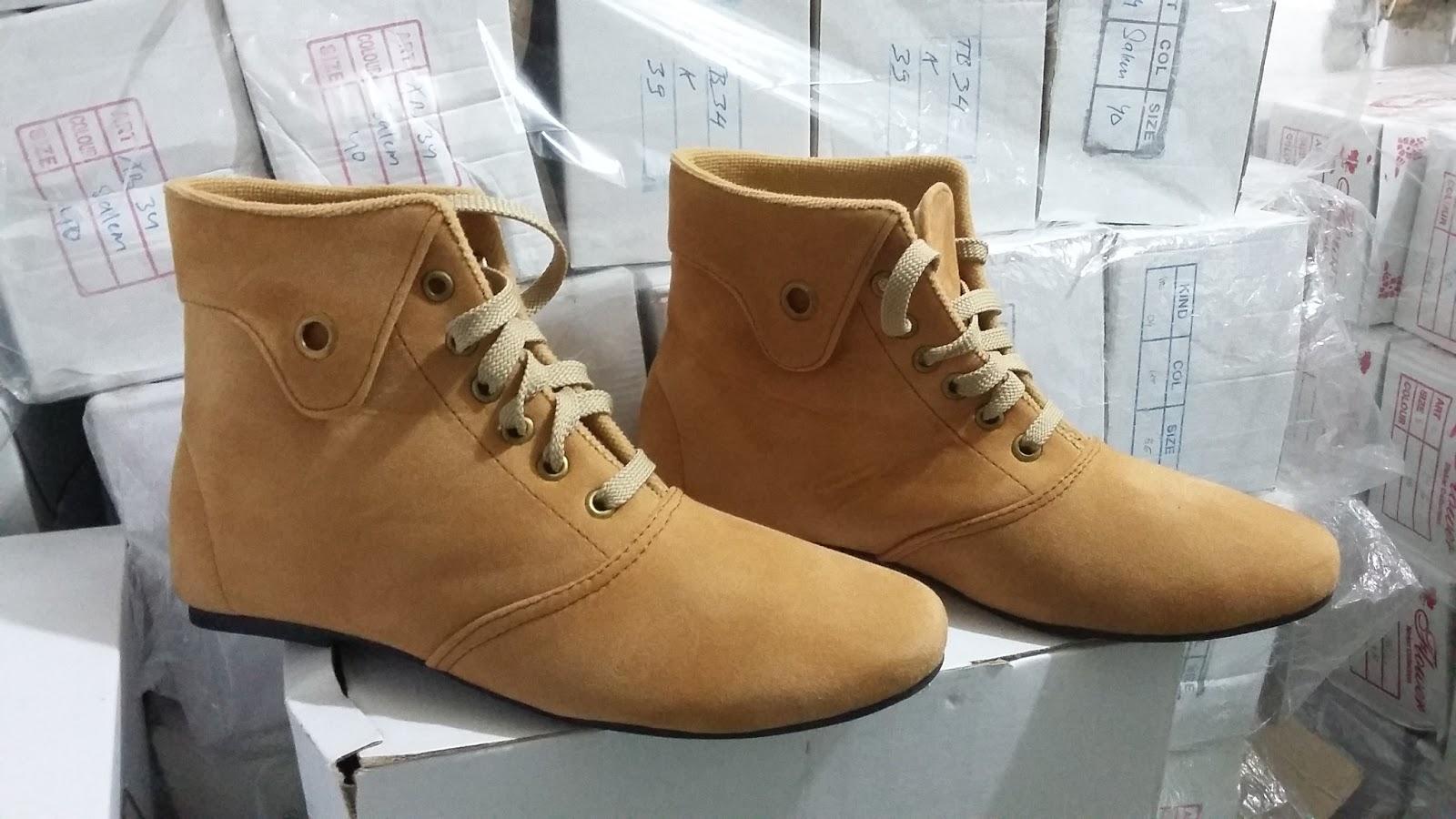 3e4884f9347 Sepatu Boots Korean Style Murah Berkualitas Kode BT1