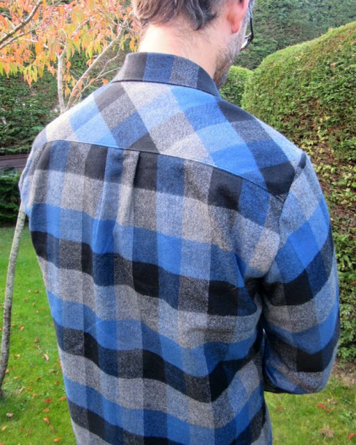Thread Theory bias yoke on Fairfield shirt via SEWN sewing blog