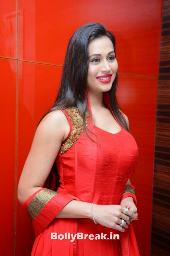 , Charlotte Claire Hot pics in Red Punjabi Suit