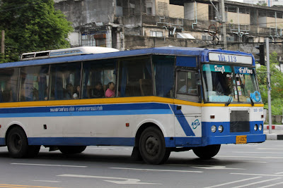 Gli autobus a Bangkok Thailandia