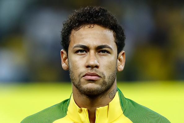 """Jornal revela ligações de Neymar ao Barcelona """"implorando"""" por retorno"""