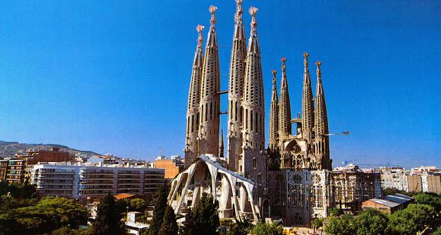 La Sagrada Familia, turismo en Barcelona