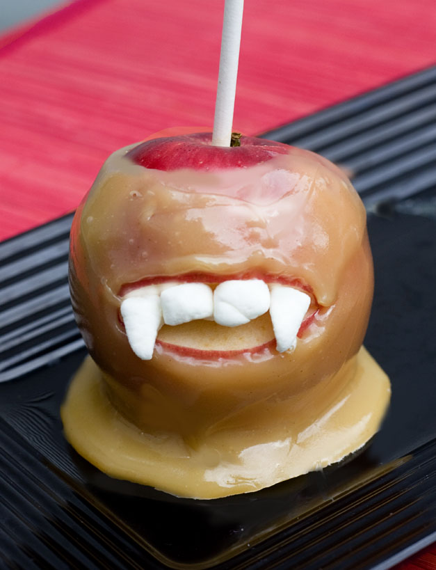 Erica S Sweet Tooth Vampire Caramel Apples