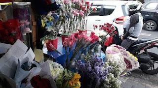 Harga bunga naik hingga 100% di Pasar Bunga Rawa Belong, Kebon Jeruk, Jakarta Barat./Foto: WARTA KOTA
