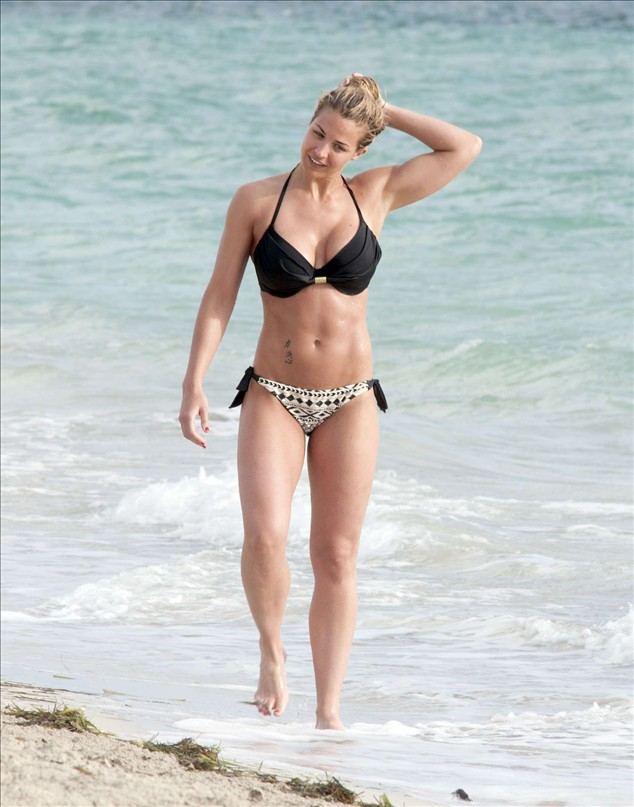 Celebrity in bikini: Gemma Atkinson