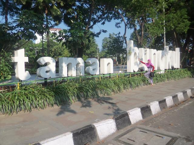 Tujuan Wisata di Surabaya; Taman Wisata; Ramah Lingkungan; Parenting; Familiy