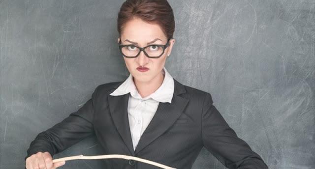 9 Tipe Guru Yang Membuat Masa Sekolah Begitu Berwarna