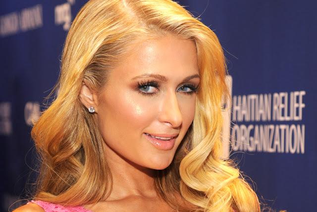 Celebridades y famosos que han sido víctimas de robos Paris Hilton