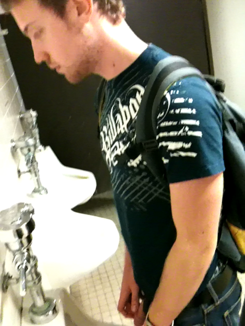 College Guys Pissing 101