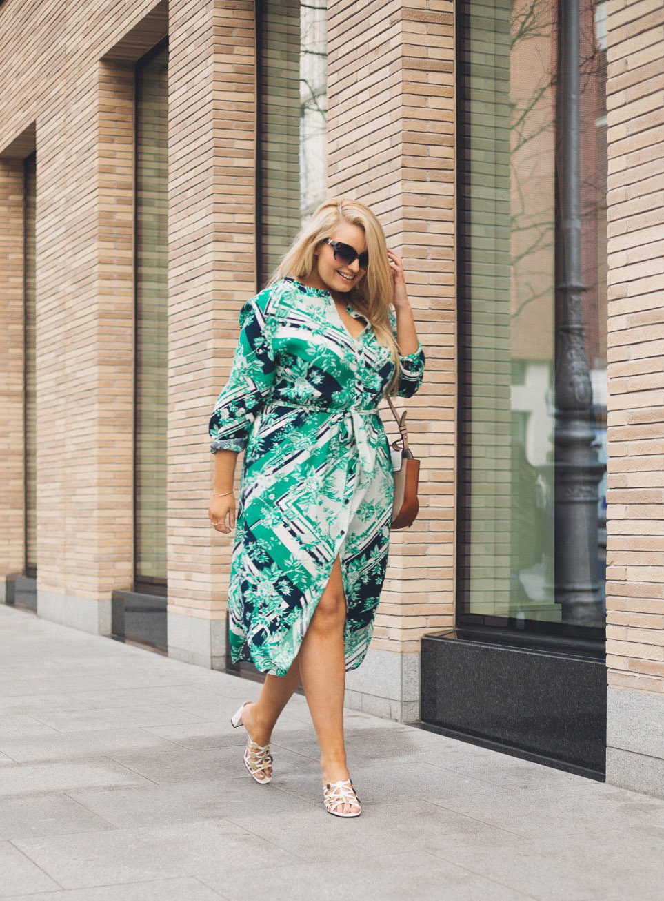 88fef86731 Today s edit is one of my favourite styles for Spring Summer  the shirt  dress! There s something so effortlessly practical about this style and  most ...