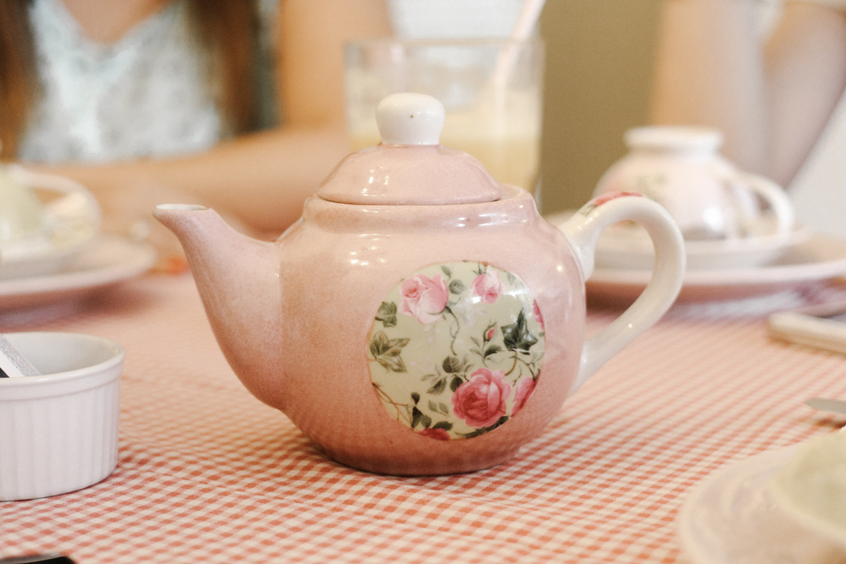 sp 011 #14: teakettle / coffee & flowers blog