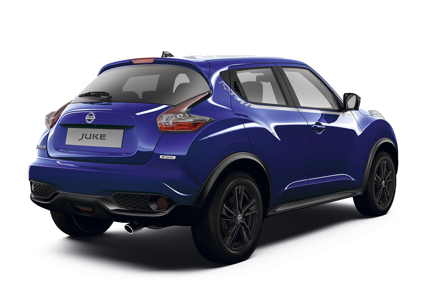 limited run nissan juke gt sport playstation launches in europe. Black Bedroom Furniture Sets. Home Design Ideas