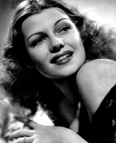Rita Hayworth in 1940s seductive pose
