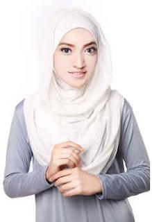 Jilbab Instan Warna Putih Modern