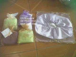 souvenir pernikahan dompet, souvenir pernikahan tempat tisu
