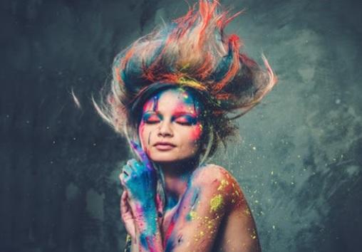 Shkenca e Ngjyrave: si, ngjyra e preferuar ndikon Personalitetin