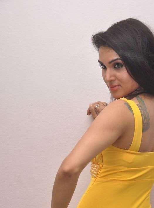 south actress Kavya Singh photos, Kavya Singh masala photos,