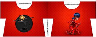 Tarjeta con forma de camisa de Prodigiosa Ladybug.