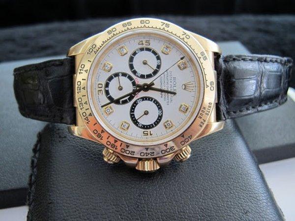 Thời trang đồng hồ đeo tay rất đa dạng, phong phú