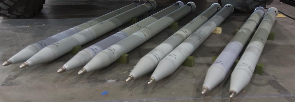 Вітчизняні некеровані авіаційні ракети РС-80 прийнято на озброєння