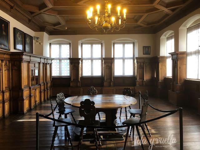 Fembo Haus Salón de la Familia