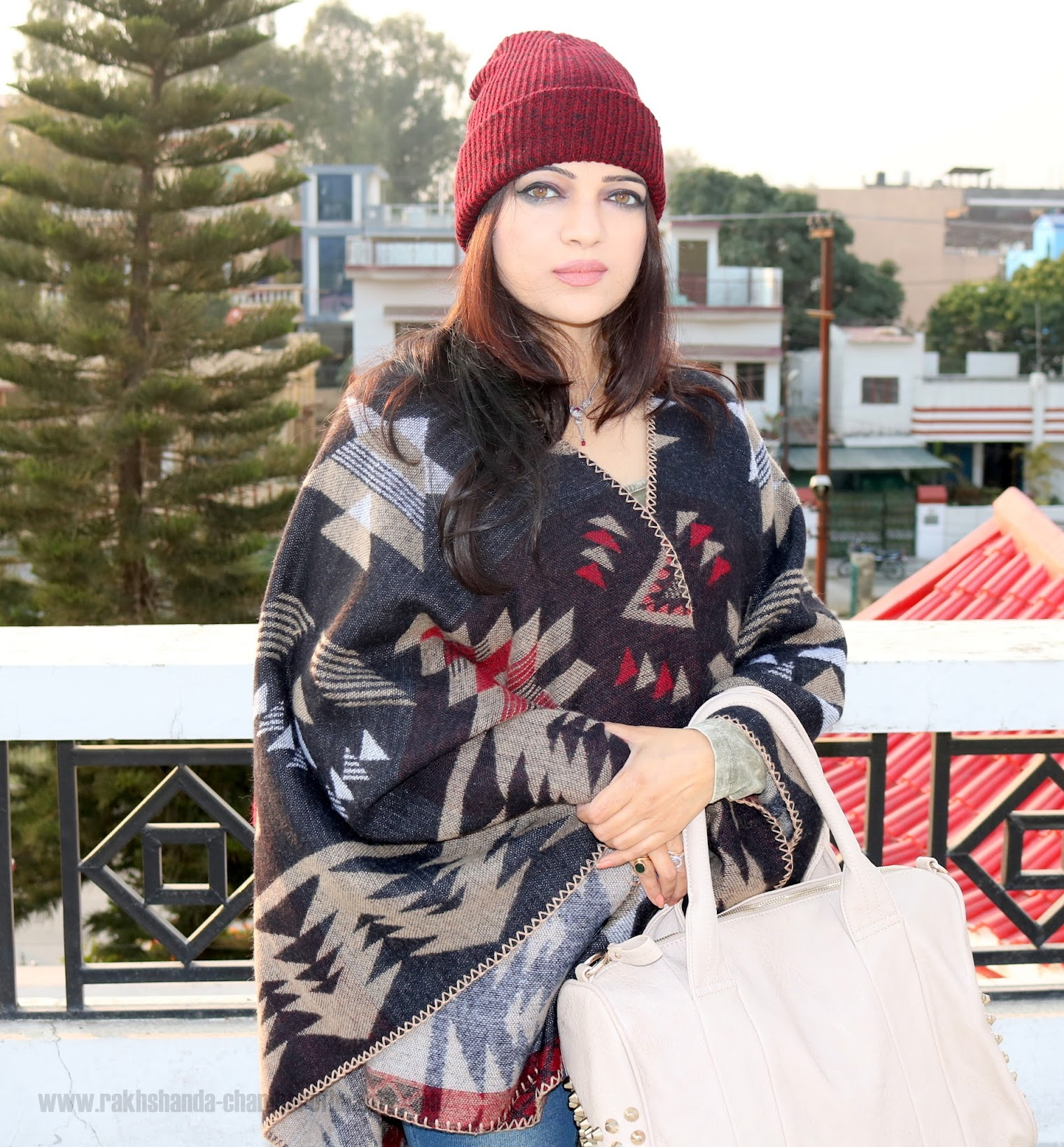 How to style a blanket cape, winter fashion with Banggood.com