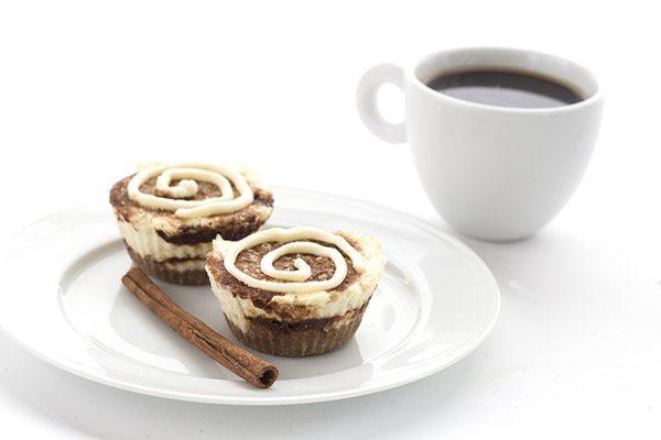 Mini Cinnamon Roll Cheesecakes