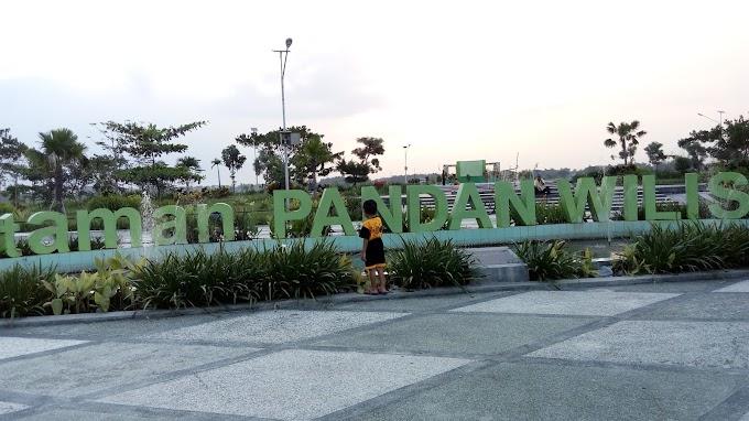 Sore yang Indah di Taman Pandan Wilis, Kabupaten Nganjuk
