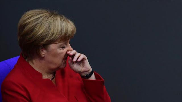 Merkel pide unidad ante los populistas xenófobos