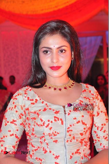 Actress Madhu Shalini Exclusive Stills in Party Dress at Vijay Karan Aashna Wedding  0010.JPG