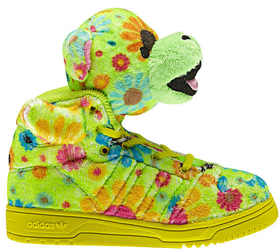 the latest 305fc b73ca ... Jeremy Scott s footwear offerings for the coming Fall and Winter 2012  Collection. I must admit I fell in love with last year s collection.