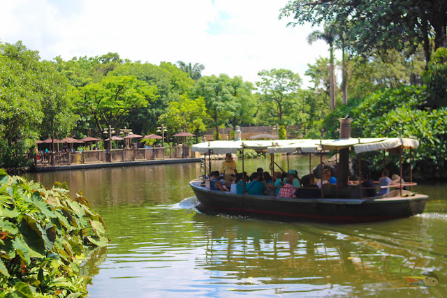 Jungle River Cruise in Disneyland