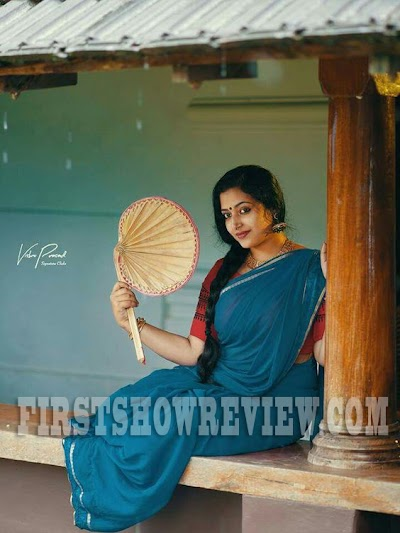 All you need to know about Malayalam's sensation Anu Sithara | Profile |Photo Gallery