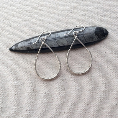 Free Tutorial - Making Wire Teardrop Earrings with Coil