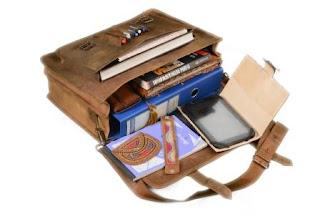 tas laptop penuh fungsi