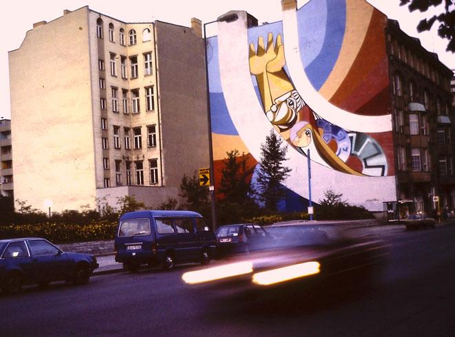 Medianería pintada en Berlín. Foto: Rodrigo L. Alonso