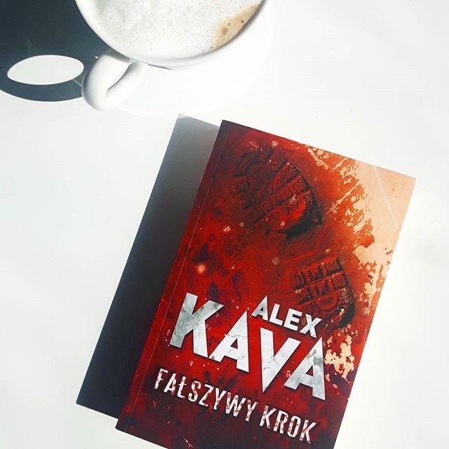 """""""FAŁSZYWY KROK"""" ALEX KAVA"""