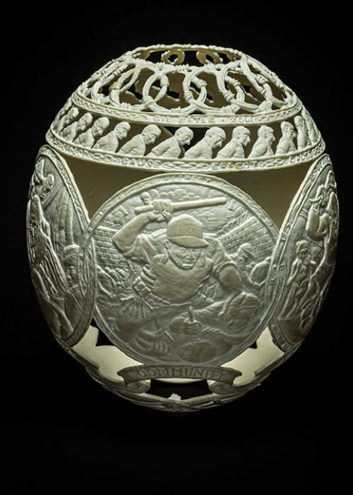 06-Its-Your-Fault-Gil-Batle-Hatched-in-Prison-Carvings-on-Ostrich-Eggs-www-designstack-co
