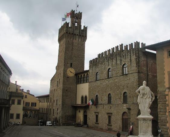 Palazzo dei Priori ad arezzo