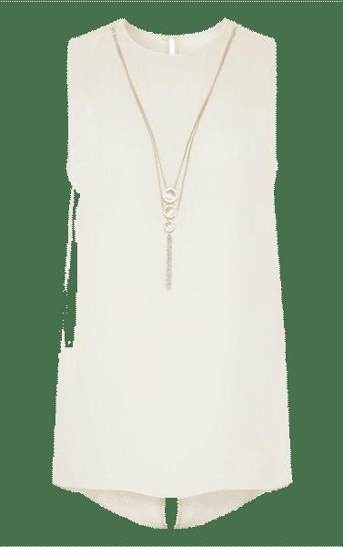 Primark online: Blusa en blanco con collar