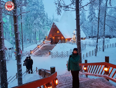 Recorriendo Santa Claus Village en Laponia Finlandesa